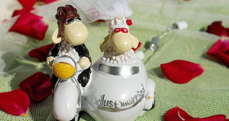 Divertidos mensajes de boda para amigos