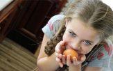 Robar en la infancia - en la escuela y las razones
