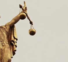 Frases Sobre La Justicia – La justicia no se cumplirá hasta que aquellos…