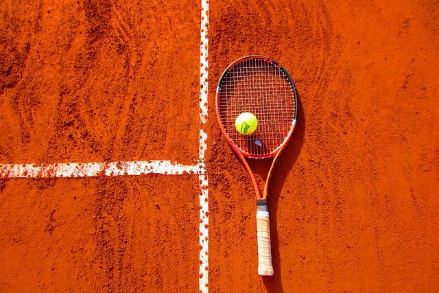 Diferencia Entre Tenis y Badminton - Resumen de Tenis vs. Bádminton