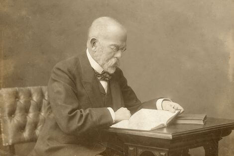 Robert Koch: El Padre de la Microbiología Médica Moderna