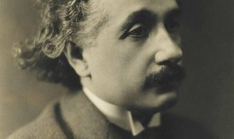 Teoría de la gravitación de Einstein: principio de equivalencia