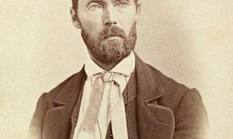 Biografía de Aasmund Olavsson Vinje - Poeta y ensayista noruego