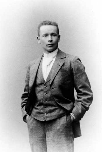 Eliel Saarinen (arquitecto finlandés-estadounidense) Biografía y carrera