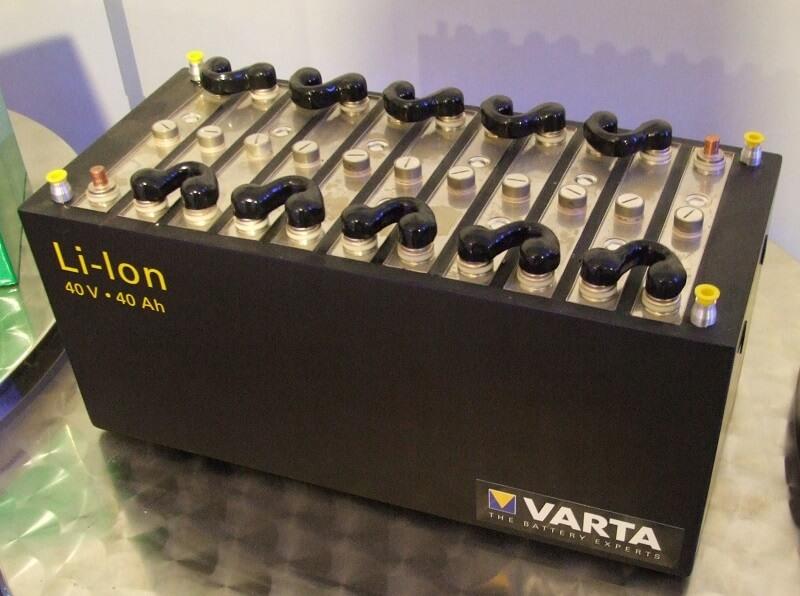 ¿Quién inventó la batería de iones de litio? Historia y beneficios de la batería de iones de litio